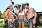 Cassie Del Isla & Ricky Mancini & David Perry - 80358 09-05-t6rhadnlbi.jpg