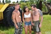 Cassie Del Isla & Ricky Mancini & David Perry - 80358 09-05-h6rhad8chm.jpg