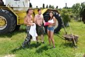 Cassie Del Isla & Ricky Mancini & David Perry - 80358 09-05-66rhacxd1j.jpg