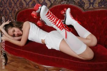 Fetish-Girl-Roller-Girl--u6vlwr3mml.jpg