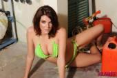 Emma-Leigh-Green-Bikini-In-Garage-s6vrmtrtaf.jpg