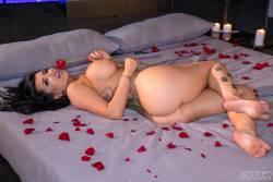 Romi-Rain-Sexual-Situations-Scene-1-61x-r6wb0ppv4r.jpg