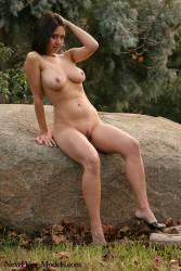 Models-Chrissy-Denim-Mini-Skirt-%28279-Photos%29-o6watkvus0.jpg