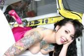 Unique~-brunette-tattoo-beauty--H%C3%ACnh-x%C4%83m-%C4%91%E1%BB%99c-%C4%91%C3%A1o-~-brunette-d6wck51tfa.jpg