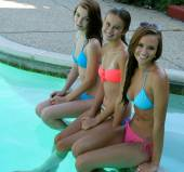 Teens-girls-19-FRIENDS-%29-s6wd30t121.jpg