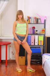 Karlie and Yura 573 pics 853x1280-z6wvbfnr2l.jpg