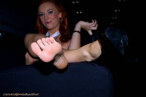 California-Beach-Feet-Dani-Jensen-46xc1tvn5j.jpg