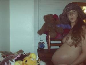 Pregnant-girl-%2C-anno-2005-x29-n6xf8ltobl.jpg