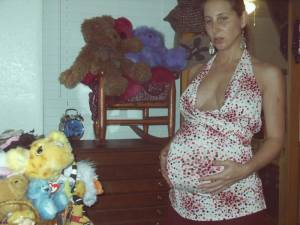 Pregnant-girl-%2C-anno-2005-x29-a6xf8liehx.jpg