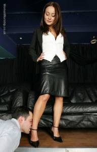 Carla-Brown-Dominates-Her-Shoe-and-Foot-Bitch-Slave-%5Bx60%5D-x6xope84em.jpg
