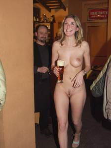 Sexy-Waitress-Enjoys-Working-Nude-2-b6xtjiw6l7.jpg