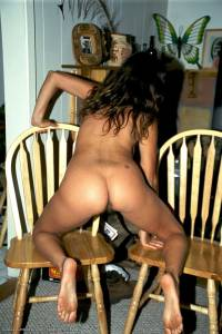 Tanned%2C-hairy-fuckable-MILF-in-her-really-untidy-home-x113-47ad5i2n4v.jpg