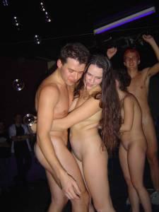 Crazy-Nightclub-Party-x15-57ad744o73.jpg