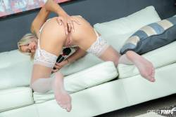 Chanel-Grey-Hot-And-Wild-Foreplay-With-Chanel-Grey-LIVE-%28x124%29-3840x5760-d7a1ux9kxn.jpg