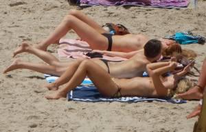 Playa-Espana-Tetas-Voyeur-Candid-%5Bx52%5D-37a27qds0n.jpg