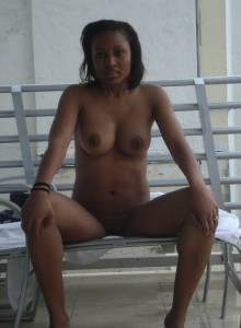 Sexy-Black-Girl-Likes-To-Get-Naked-At-The-Beach-x27-j7a2wmxi0k.jpg