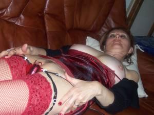 Sexy-milf-Sylvie-2-x163-n7a3fes4wj.jpg