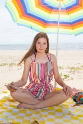 Dominika Beach Kiss - x100s7aoseip1t.jpg