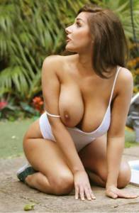 Lucy-Pinder-%E2%80%93-Nuts-Magazine-%28July-2013%29-%28NSFW%29-67be4jfq3p.jpg