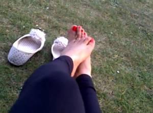 My-Wifes-Feet-During-The-Day-x15-v7be5bahxz.jpg