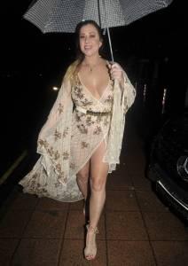 Lisa-Appleton-Tit-Slip-And-Bare-Ass-In-Cheshire%2C-England%21-y7b5jv9b1c.jpg