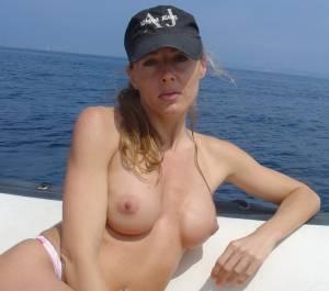 Celine%2C-French-Hottie-and-nudist-%5Bx60%5D-u7bmdu0lbg.jpg